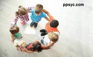 رشد اجتماعی در دوره کودکی